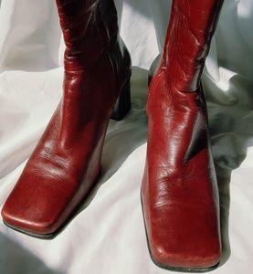 Etinne Aigner Impact Boots 9.5